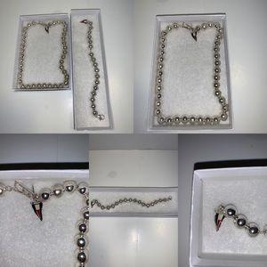 Tommy Hilfiger pearl necklace and bracelet set